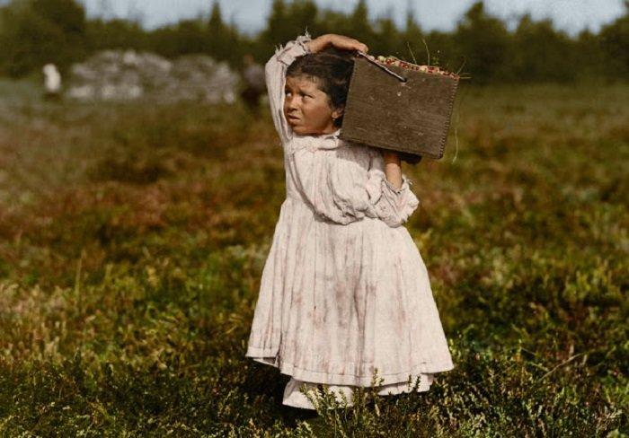 Ретро фотографии американских детей, которые в начале XX века работали наравне со взрослыми (9фото)