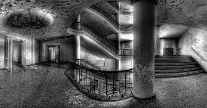 Невероятные фотографии лестниц от Нильса Айсфельда (31фото)