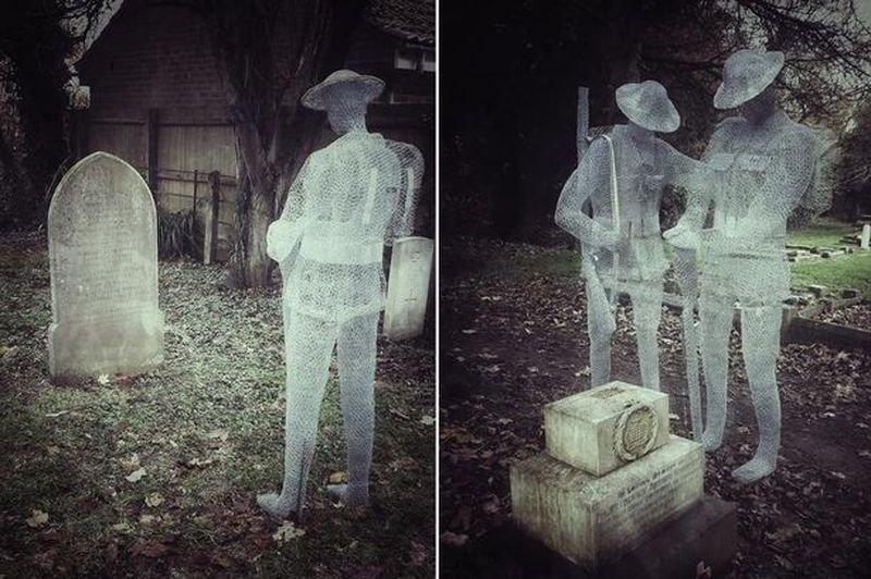 «Призрачные» скульптуры на английском деревенском кладбище (11фото)