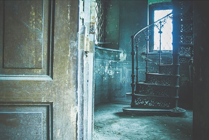 Заброшенные места через объектив Анны Мики (15фото)