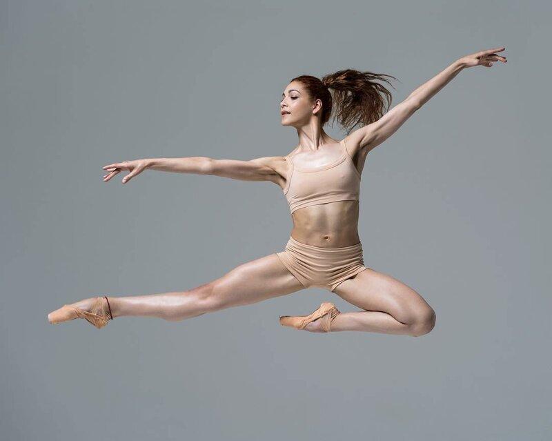 Великолепные портреты артистов балета от Нисиана Хьюза (45фото)