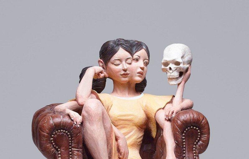 Японский скульптор творит сюрреализм из дерева (44фото)