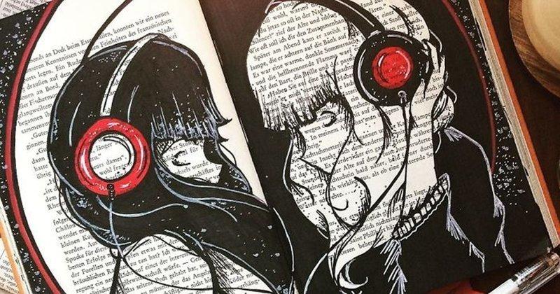 Новая жизнь старых книг: художница использует книжные страницы как холст (30фото)