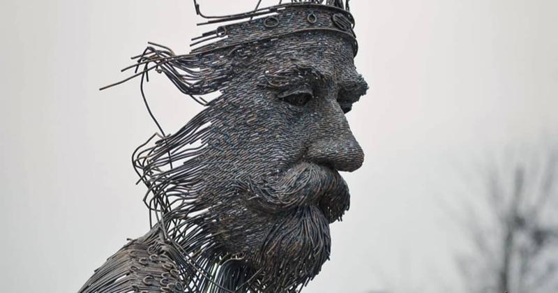 Румынский скульптор варит портреты из металла (14фото)