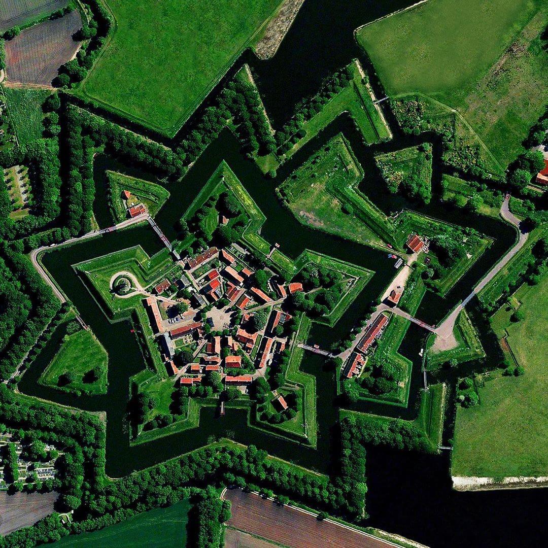 Удивительные фотографии Земли с высоты птичьего полета (20 фото)