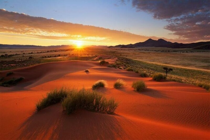 Да, пустыня тоже может быть красивой. Фантастические пейзажи Намибии (26фото)