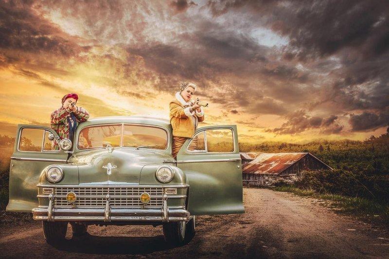 Нереальные фотографии в стиле 1940-х от Лотты Ек (17фото)