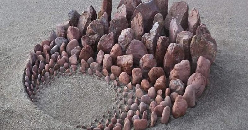 Художник творит настроение из камней (31фото)