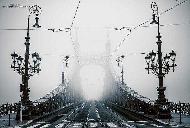 Хроники апокалипсиса: 29 фотографий из карантинного Будапешта (29фото)