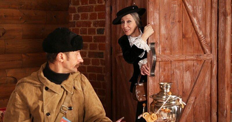 Косплей, который мы заслужили: свидание Почтальона Печкина и Старухи Шапокляк (14фото)