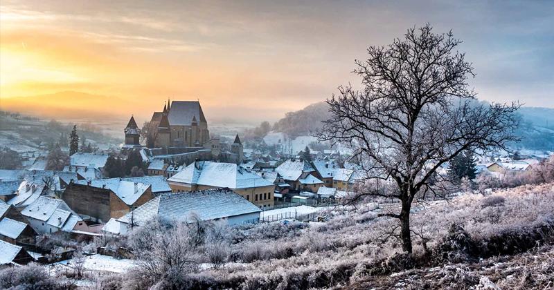 Завораживающая природа и старые традиции Румынии (26фото)