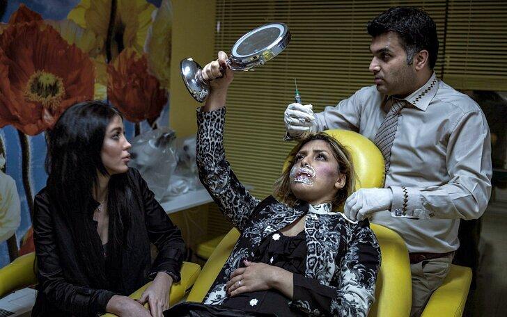 Ислам, сигареты и ботокс — повседневная жизнь женщин в Иране (11фото)