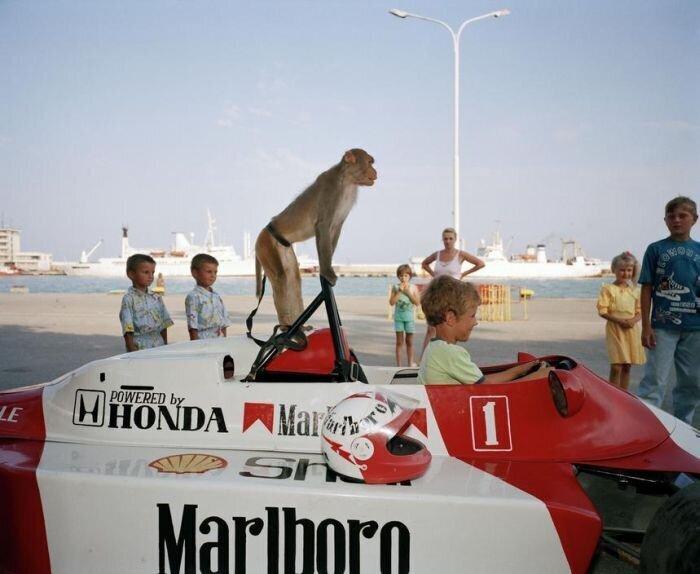 Ялта 1995-го года в объективе британского фотографа (32фото)