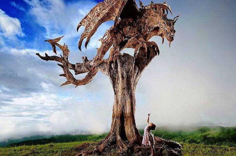 Художник превратил коряги в прекрасные скульптуры движущихся животных (10фото)
