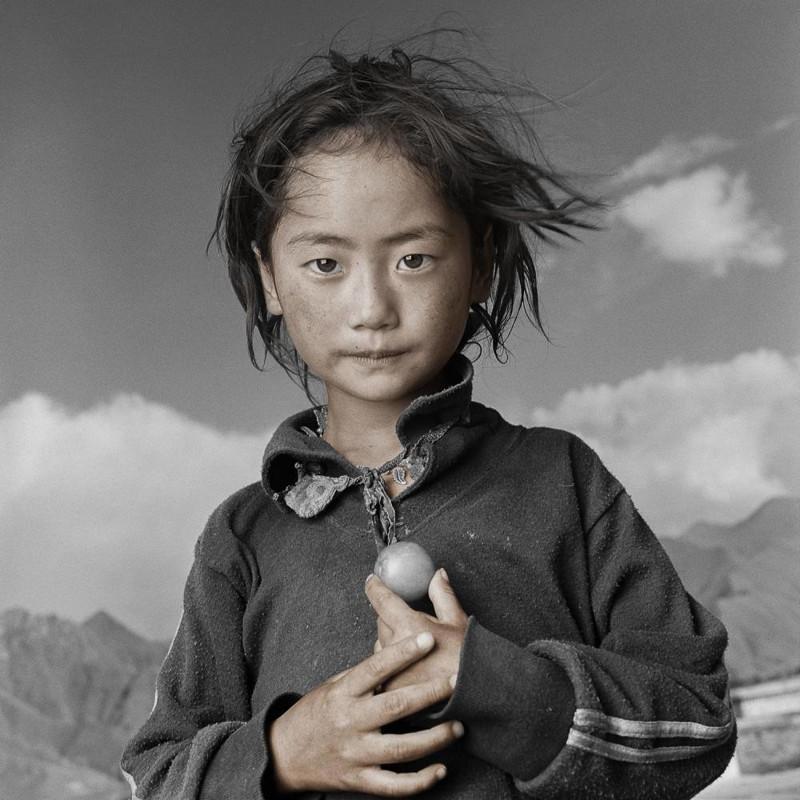 Жители Тибета в объективе Фила Борджеса (21фото)