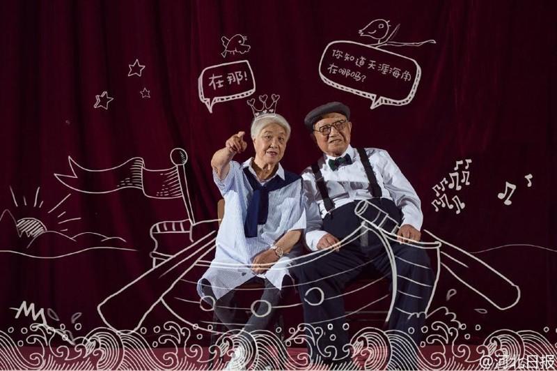 Пожилая пара из Китая отметила годовщину свадьбы фотосессией и прославилась на всю страну (9фото)