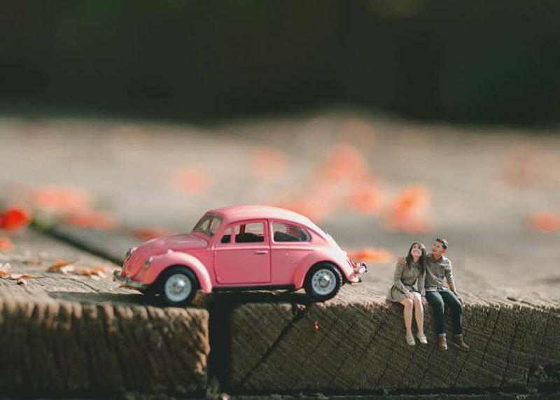 Свадебный фотограф превращает пары в миниатюрных людей (12 фото)