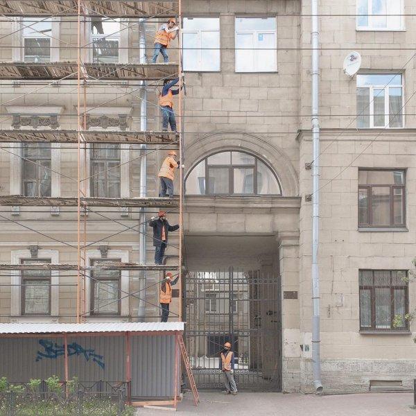 Атмосферные и честные снимки от независимого фотографа Дмитрия Маркова (20 фото)