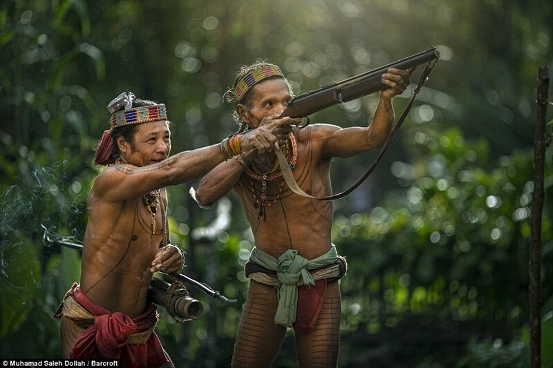 Как живут ментавайцы – коренной народ Индонезии (22фото)