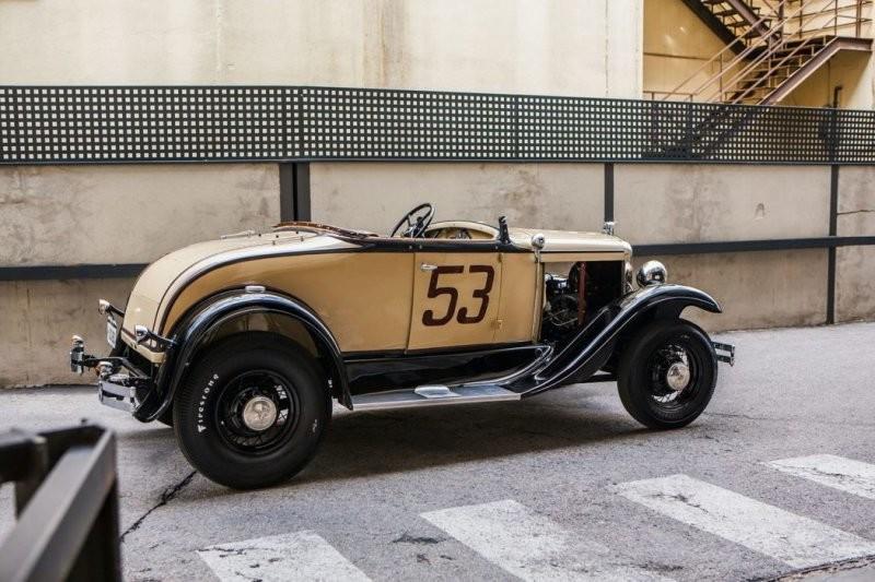 Испанский художник Manu Campa ездит по Мадриду на винтажном Ford Model A 1931 года (24фото)