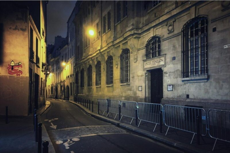 Париж ночью: французский фотограф Лоик Ле Кере делает потрясающие снимки на свой телефон (14фото)