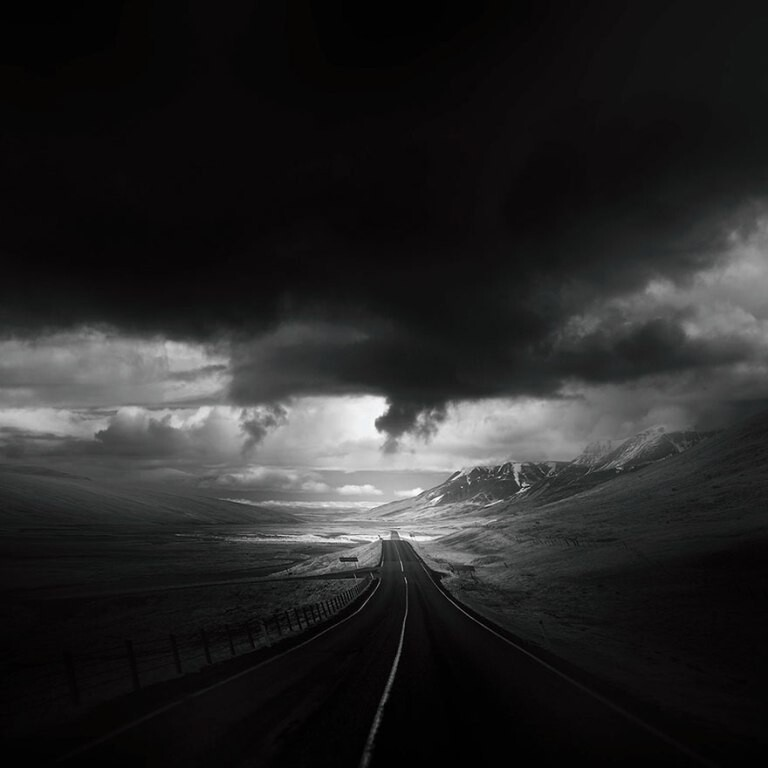 Темные и одинокие дороги мира (12фото)