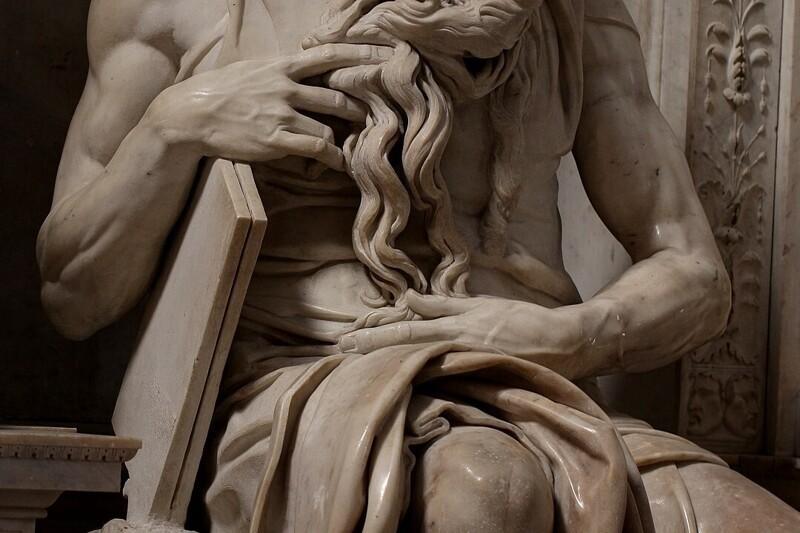 Интересная деталь на скульптуре (4фото)