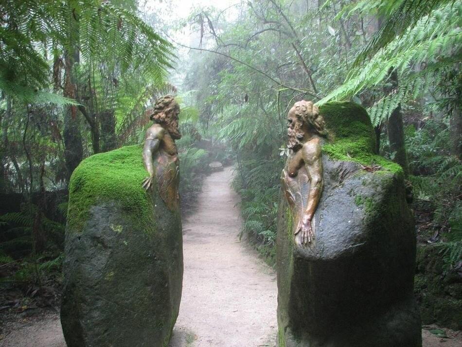 Самая мистическая достопримечательность Австралии (11фото)