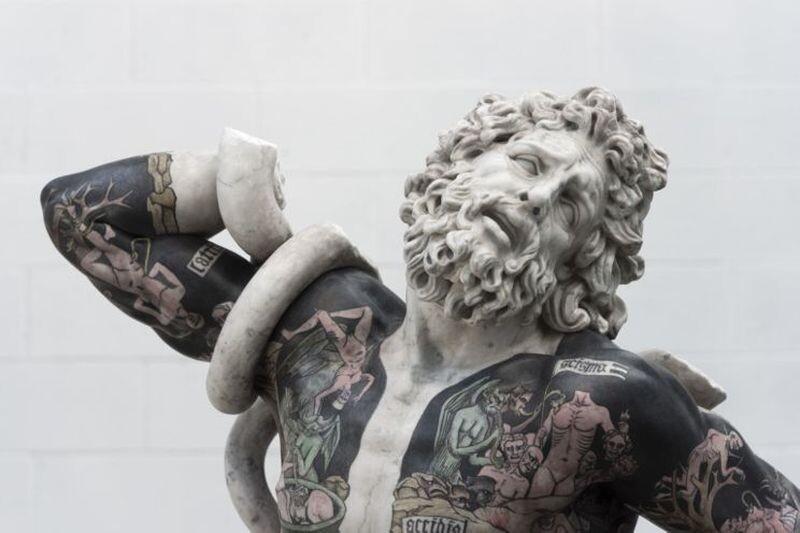 Совместить несовместимое: татуированные скульптуры Фабио Виале (20фото)