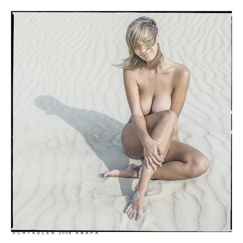 Обнаженные девушки на снимках Павела Алексеева (35 фото)