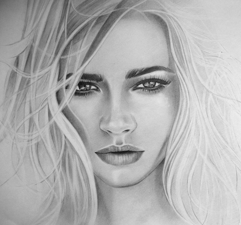Картина «Девушка» Бумага, карандаш 2021 г.