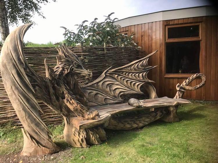 Резьба по дереву бензопилой: драконья скамейка (18фото)